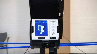 """""""47 USB-V-Karten verloren gegangen"""": Wahlbeobachter aus Pennsylvania beschreibt Unregelmäßigkeiten"""