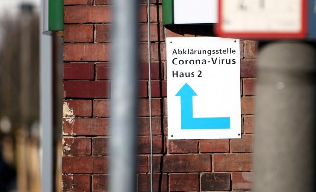 Kriminalpolizei ermittelt nach Brand in Corona-Testzentrum in Grevenbroich