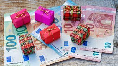 Nur jeder zweite Arbeitnehmer bekommt Weihnachtsgeld – In Westdeutschland 55 Prozent, in Ostdeutschland 42 Prozent