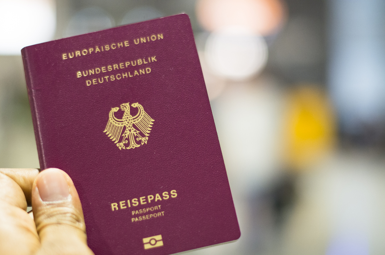 EU-Kommission: Neuer E-Personalausweis soll Identifikation im Internet erleichtern