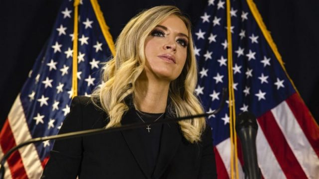 """McEnany spricht über Wahlbetrug – """"Fox News"""" bricht Übertragung aus Weißem Haus ab"""