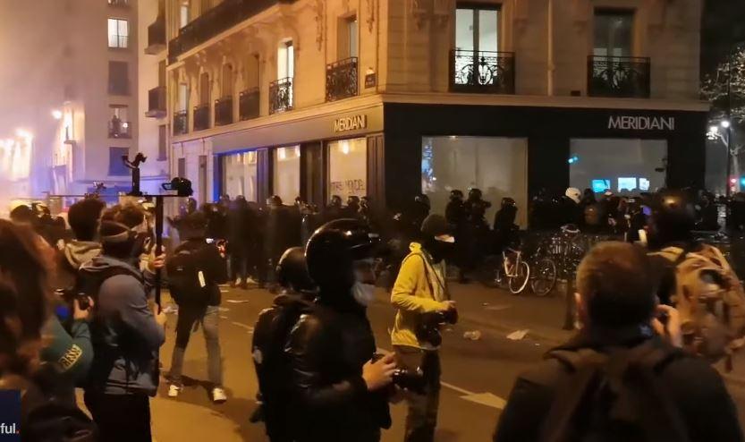 """Proteste in Paris gegen """"globales Sicherheitsgesetz"""" – Kritiker befürchten Willkür"""