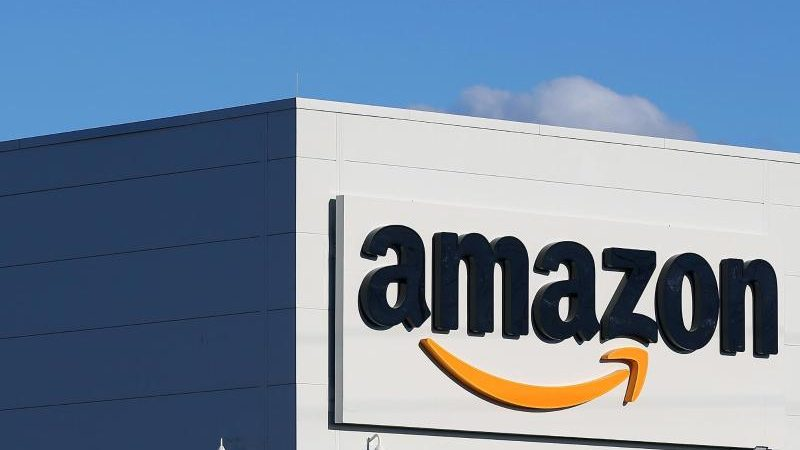 """Amazon verbietet still und heimlich Bücher, die undefinierte """"Hassrede"""" enthalten"""