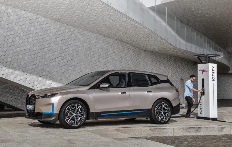 BMW präsentiert Elektro-Flaggschiff iX