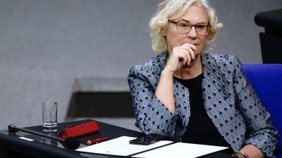 Grundsätzliche Einigung auf Frauenquote in Vorständen