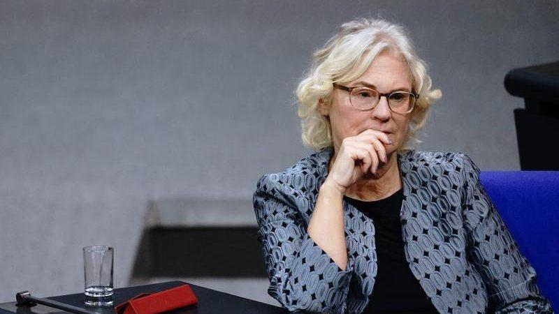 """Lambrecht will Nachbesserungen beim """"Digital Services Act"""" der EU"""