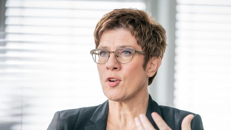 """Verteidigungsministerin: Bundeswehr-Einsatz in Mali """"ist ein klarer Friedenseinsatz"""""""