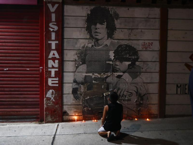 Argentinien trägt Trauer: Fußballlegende Maradona ist tot