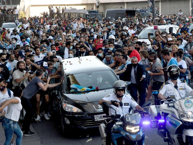 Ermittlungen gegen Maradonas Leibarzt wegen fahrlässiger Tötung