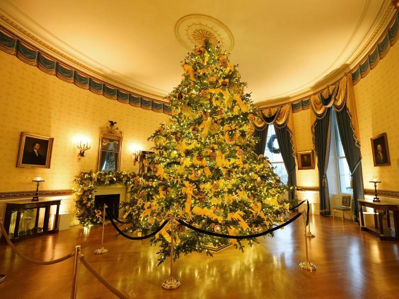 """Weihnachtsdekoration im WeißenHaus enthüllt – """"America the Beautiful"""""""