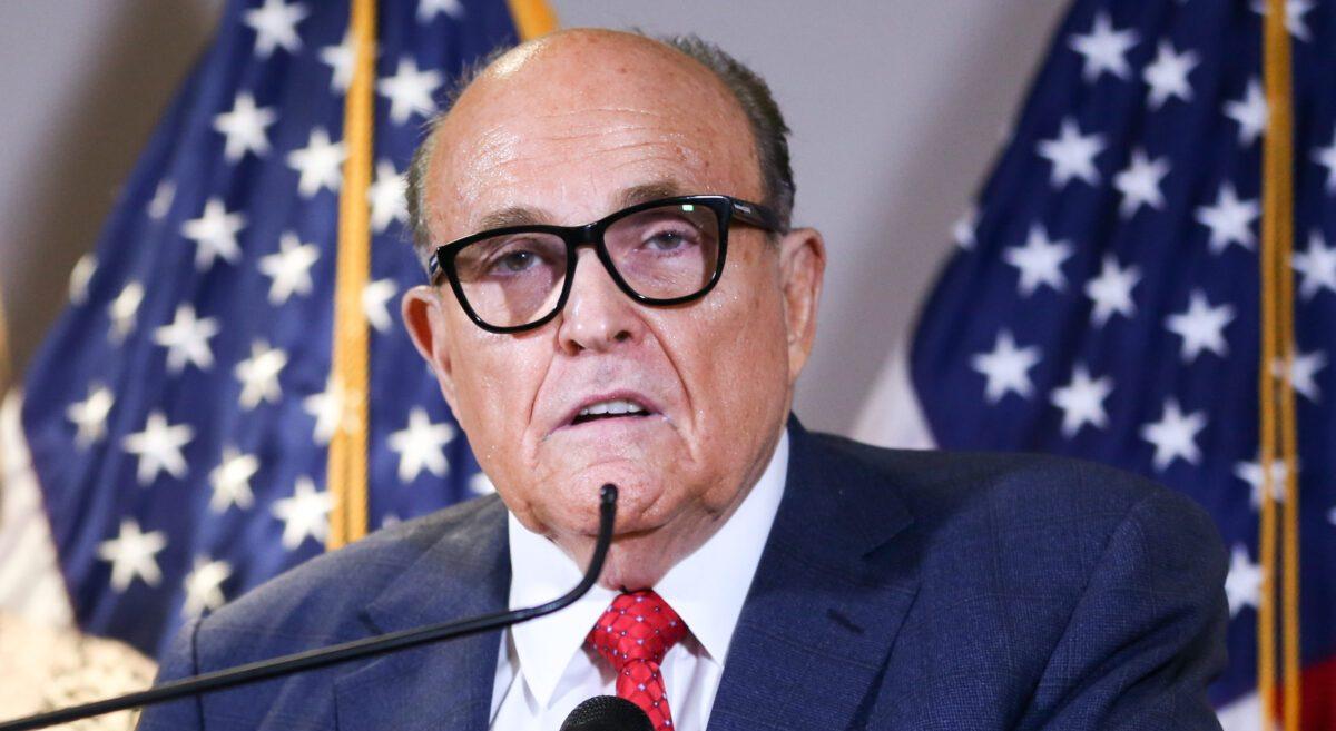"""Trumps Anwalt Rudy Giuliani positiv auf SARS-CoV-2 getestet – twittert: """"Ich erhole mich schnell"""""""