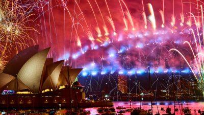 Großes Feuerwerk in Sydney