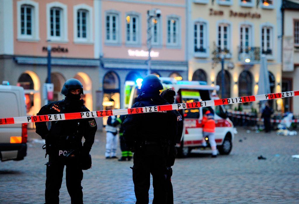 """Trier: """"Amokfahrt"""" in Fußgängerzone – Vier Tote, 15 Verletzte – Fahrer festgenommen"""
