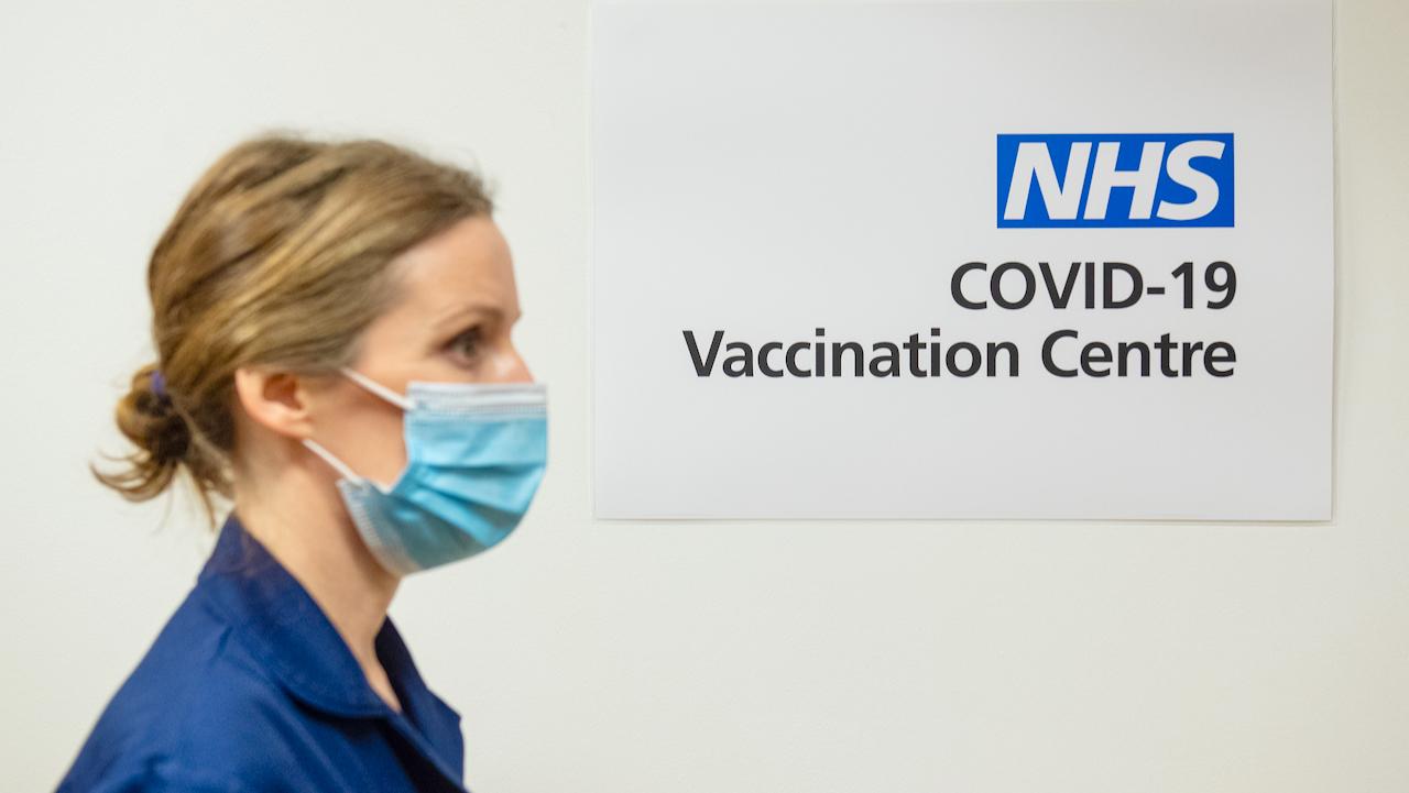 Großbritannien startet als erstes westeuropäisches Land Corona-Impfkampagne