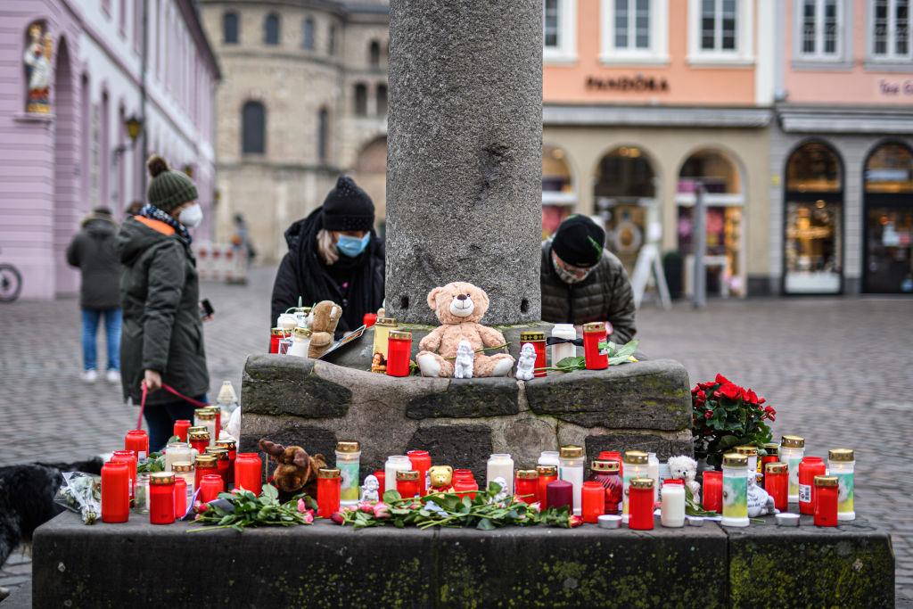Fünf Tote in Trier: Ermittlungen wegen Mord aus Heimtücke – Getötetes Baby war neuneinhalb Wochen alt