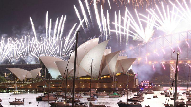 Silvester Countdown: Taiwan feiert - Feuerwerk in Sydney ...