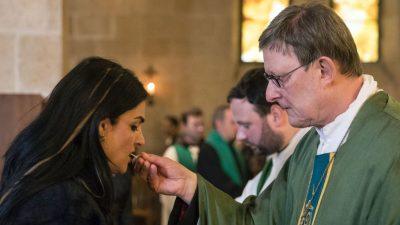 Nach Vertuschungsvorwürfen: Kardinal bittet Gläubige in Christmette um Verzeihung