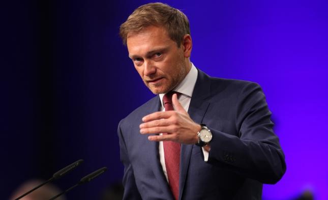 """Lindner und weitere Bundestagsabgeordnete fordern Aufklärung über Pläne für """"Mega-Lockdown"""""""