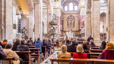Weihnachten: Katholische Kirche für Gottesdienste – und die Millionen-Kollekte