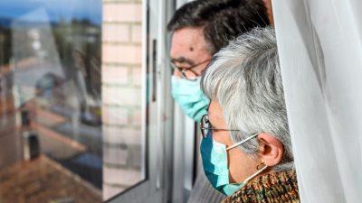 """Nebenwirkungen nicht ausgeschlossen – Experten diskutieren über """"Corona-Impf-Experiment"""" an Risikogruppen"""