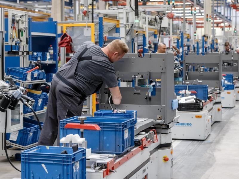 Ifo: Rekord-Materialmangel bremst deutsche Industrie aus