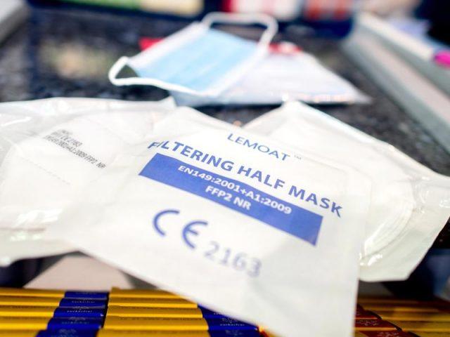 Bayern: FFP2-Masken in ÖPNV und Geschäften verpflichtend ...