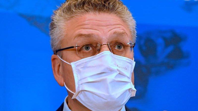 RKI-Chef Wieler empfiehlt Tests und Maskenpflicht an Schulen bis Frühjahr 2022