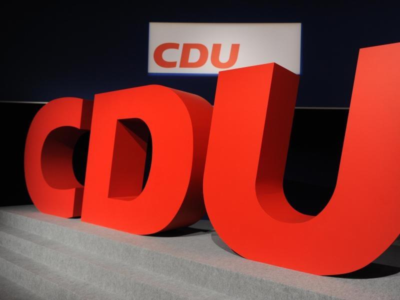 """""""Freiheit statt Merkel"""": CDU-Politiker Hoffmann poltert gegen Drosten und Kanzlerin"""
