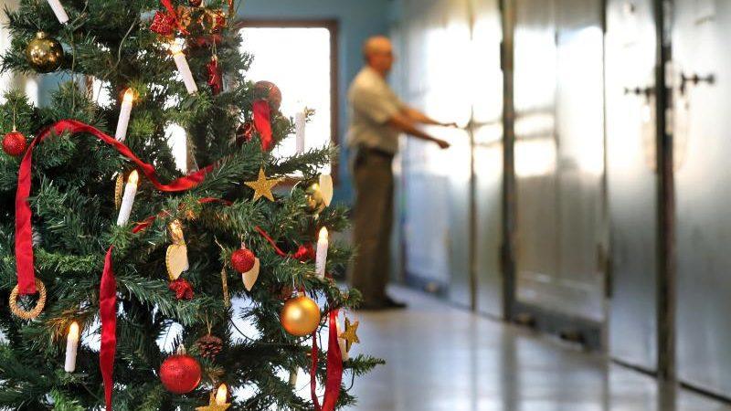 Bundesländer entlassen mehr als 950 Gefangene vor Weihnachten