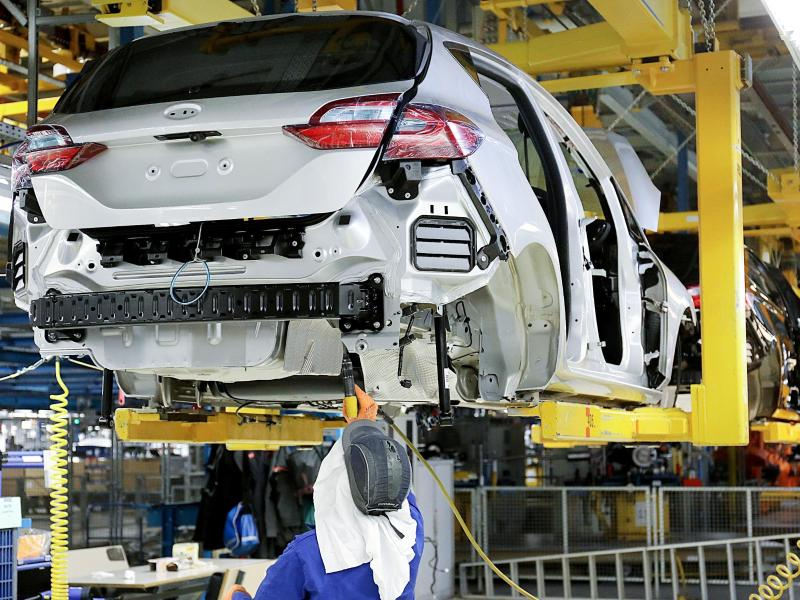 Halbleiter-Engpässe: Ford fährt Produktion erneut runter
