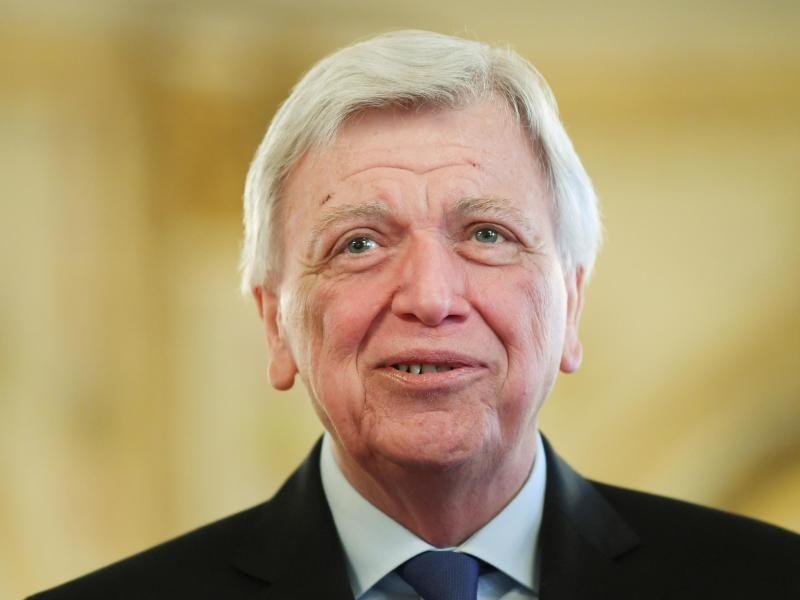 """Bouffier warnt vor """"Klimaschutz auf Teufel komm raus"""""""