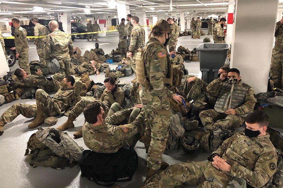 """Nationalgarde musste im Parkhaus schlafen – Soldaten fühlen sich """"unglaublich verraten"""""""