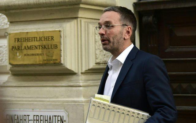 """Corona-Großdemo in Wien verboten: Kickl spricht von """"totalitärem Schritt"""" und will trotzdem kommen"""