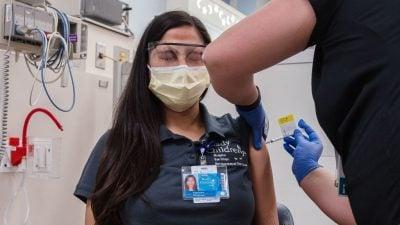 Impfpflicht am Arbeitsplatz: US-Richterin schmettert Klage von Krankenhauspersonal gegen Arbeitgeber ab