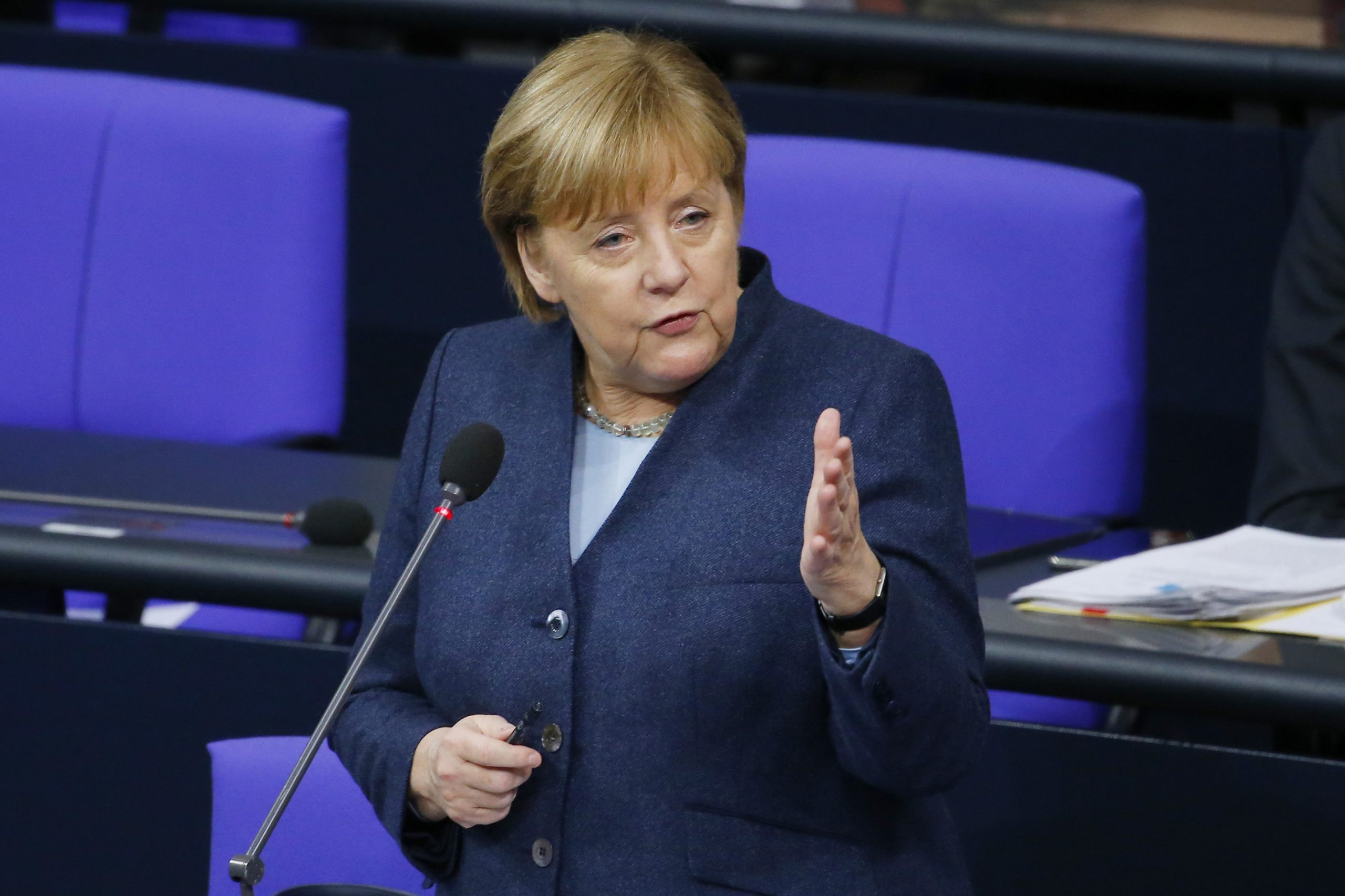 Keine Kritiker erwünscht? Merkel und ausgewählte Experten beraten über Corona-Lockdown