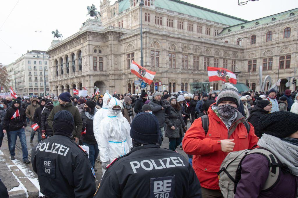 """AfD-Politiker lobt Wiener Polizei: """"Warum ist das in Deutschland nicht möglich?"""""""