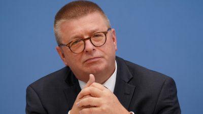 """Erklärt Verfassungsschutz-Chef Haldenwang die AfD bald zum """"Verdachtsfall""""?"""