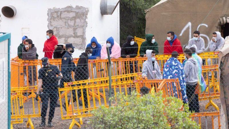 Asylanträge 2020: BAMF meldet 122.170 Asylanträge