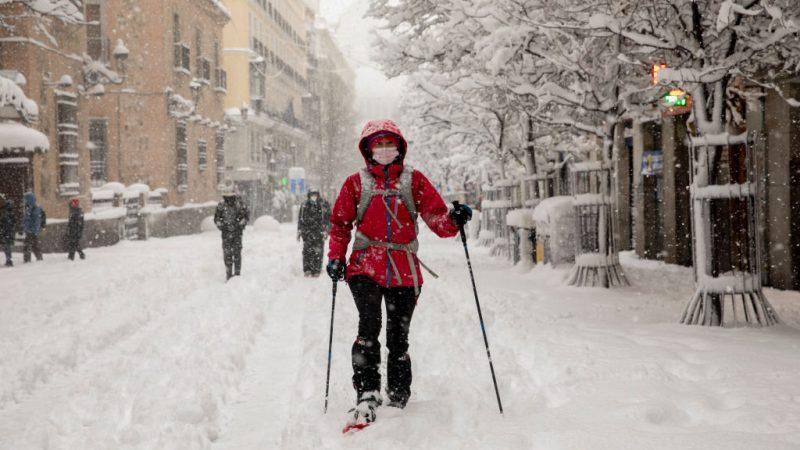 Spanien kämpft mit Schnee- und Eismassen