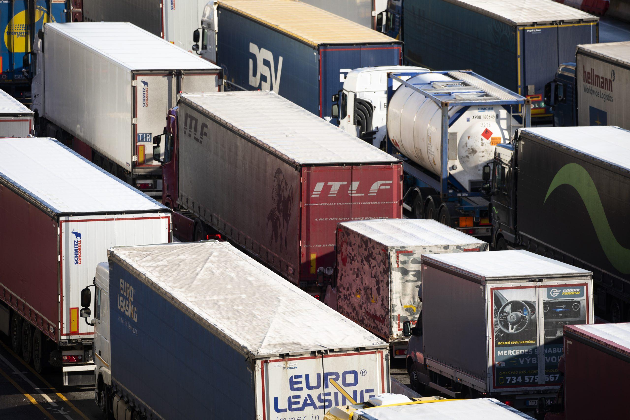 """EU erwägt Reisebeschränkungen – Deutsches Verkehrsforum warnt vor """"Versorgungsengpässen"""""""