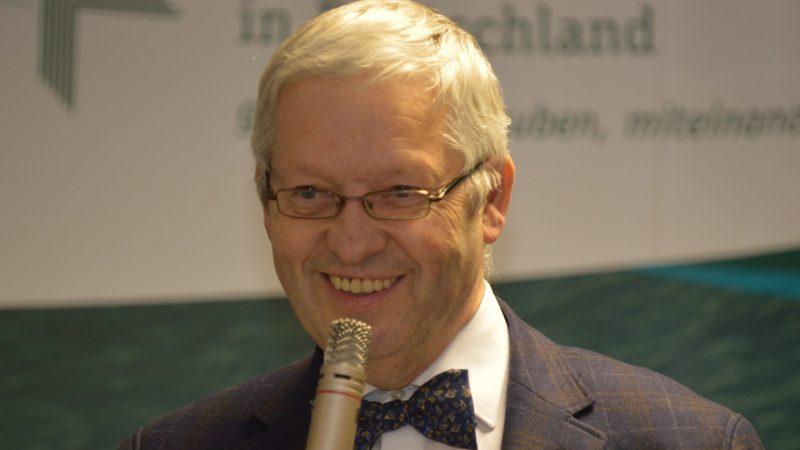 """Hartmut Steeb: """"Der Staat ist nicht Gott, zum Glück – auch wenn sich manche Politiker gerade so aufführen"""""""