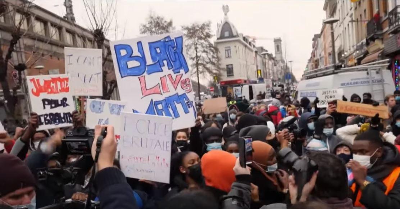 Brüssel: Schwere Straßenkrawalle nach Herztod von jungem Schwarzen in Polizeihaft