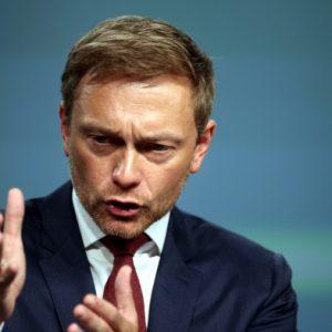 """CORONA-TICKER: """"Bundeskanzlerin lässt die Menschen im Unklaren"""" – Lindner"""