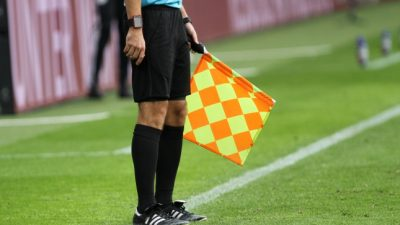 2. Bundesliga: Kiel verliert gegen Karlsruhe