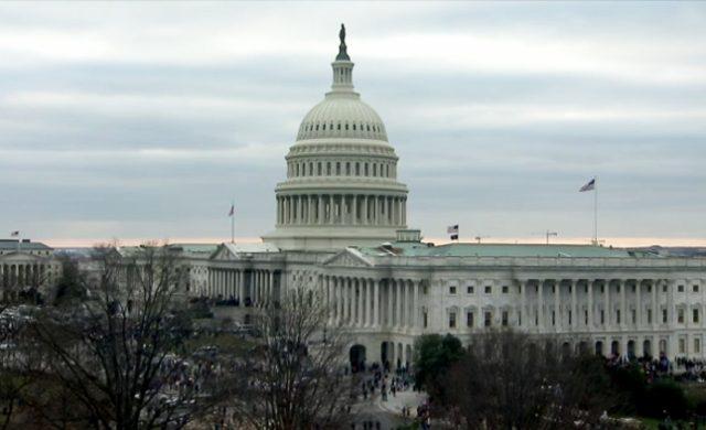 Feuer nahe US-Kapitol löst Alarm aus - Kongressgebäude abgeriegelt