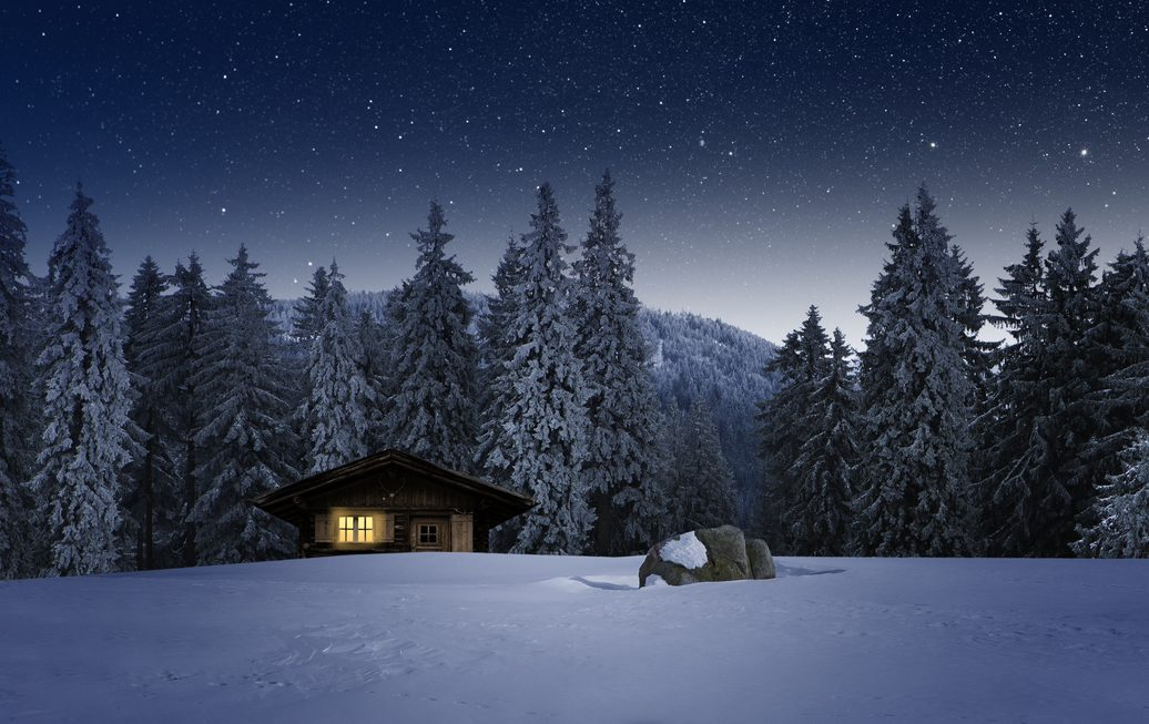 Verbotene Party in Allgäuer Berghütte gemeldet – Feiernde flüchten in den Wald