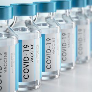 Bei Führungskräften und Handwerkern: Impfumfragen mit Überraschungspotenzial