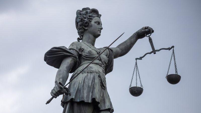 Bundesregierung und Länder uneins bei Weisungsrecht für deutsche Staatsanwaltschaften