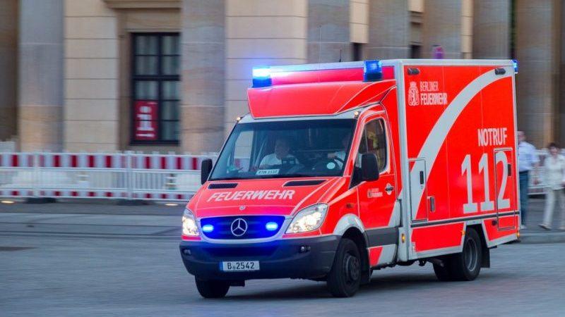 Eineinhalbjähriger Junge vor Kita in Hannover von Auto seiner Eltern überrollt