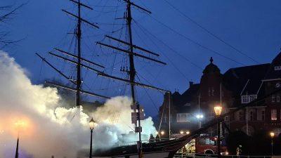 """Brand auf Museumsschiff """"Friederike von Papenburg"""""""